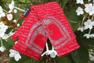 Lucky Red Arohanui Heart Merino Mitts